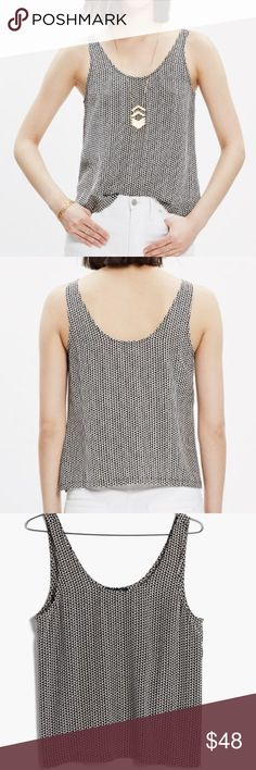"""Madewell Silk Sundown Tank Top in Triangle Field Madewell Silk Sundown Tank Top in Triangle Field! A simple silk scoop tank, perfectly cropped to complement a pair of high risers. So good for the work-to-fun transition, in an understated geometric print! Size Small. 100% Silk. 21.5"""" long & 18"""" across the chest. Like new!! BR1732091517 Madewell Tops Crop Tops"""