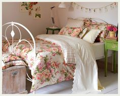 Image result for cabbage rose decorated rooms