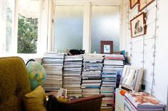 karen inderbitzen-walller - photographer and stylist and delphine avril planqueel - retoucher and lighting director photographer and stylist; retoucher and lighting director Shelf Inspiration, Interior Inspiration, Magazine Storage, Bohemian Interior, Reading Room, Other Rooms, Clutter, Home And Living, Bookshelves