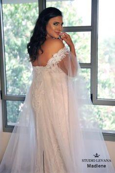 d1e1d675a41 Plus size wedding gowns 2018 Madlene (7) Wedding Cape