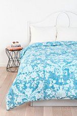 Plum & Bow Distressed Damask Duvet Cover