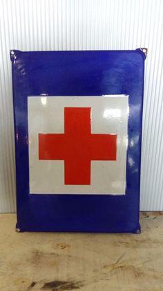 Vintage  emaille bord - Rode kruis