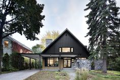 Closse Residence by NatureHumaine - Montreal neighborhood, Canada