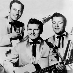 This cracking Rockabilly track from 1957 by Johnny Burnette really rocks! One of the first Rockabilly tracks I ever heard, I was instantly a fan. Johnny sure. 1950s Rock And Roll, Classic Rock And Roll, Johnny Burnette, Rockabilly Music, Ricky Nelson, Rockn Roll, Music Photo, Psychobilly, Music Songs