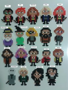 Harry Potter characters hama beads by Juan José Prieto Melty Bead Patterns, Pearler Bead Patterns, Perler Patterns, Beading Patterns, Perler Bead Templates, Diy Perler Beads, Perler Bead Art, Deco Harry Potter, Harry Potter Characters