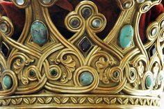 crown of Queen Marie of Romania, detail. Some of the gems are turquoise, moonstone, and amethyst. Queen Marie was fond of the medieval style. Royal Crown Jewels, Royal Crowns, Royal Tiaras, Royal Jewelry, Tiaras And Crowns, Vintage Jewelry, Circlet, Family Jewels, Bling