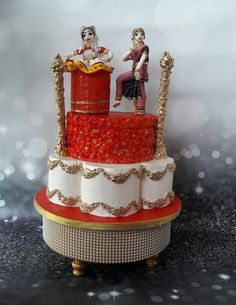 Classical dance for Incredible India cake collaboration - cake by Creative Confectionery(Trupti Pawle) Cake Decorating Airbrush, India Cakes, Dance Cakes, Dance Stage, Indian Classical Dance, Food Artists, Cupcake Cookies, Cupcakes, Confectionery