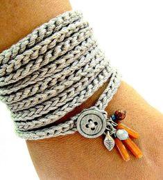 Crochet bracelet with charms, wrap bracelet, silver grey, cuff bracelet, bohemian jewelry, crochet jewelry, fiber jewelry, fall fashion