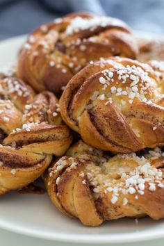 Pretzel Bites, Buns, Finland, Bread, Foods, Baking, Desserts, Recipes, Photos
