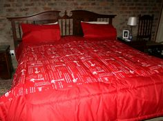 Thick Comforter for Double - Super King bed For any further information email me at boervrou01@gmail.com We ship worldwide