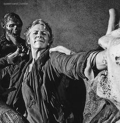 Carol, S5 - Love this black and white .... that's carol for you ;-)