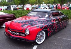 Black with red flames hot rod Mercury Hot Rods, Classic Hot Rod, Classic Cars, Vintage Cars, Antique Cars, Mercury Black, 49 Mercury, Lamborghini, Ferrari 458