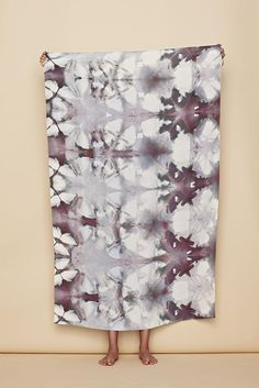 sarong in earth itajime