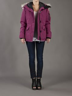 on sale canada goose chilliwack parka for women in berry