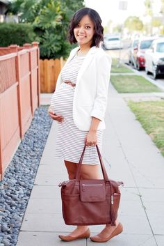 maternity style: striped t-shirt dress + blazer + cognac accents