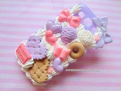 Pastell Fairy Kei Süßigkeiten Decoden Galaxy von NerdyLittleSecrets, $28.00