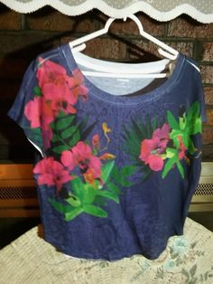 """Express"" Ladies Multi Color Cap Sleeve Tee Top SP Cotton Blend EUC #Express #Blouse #Casual"