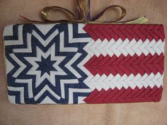American Flag-- - Complete pattern for this Star and Stripes Wall Hanging available at www.no-sew-ornaments.com. American Flag, 4th of july, craft, no sew, decoration, wall hanging