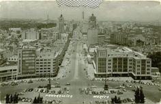 Panoramica Mexico en los 50's. En el cruce de las avenidas Arcos de Belén y San Juan de Letran (hoy el Eje Central Lazaro Cardenas).