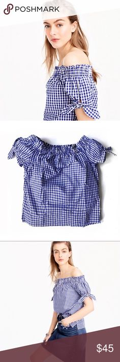 J.Crew Off-the-shoulder top in gingham Sz 4 J.Crew Off-the-shoulder top in gingham Sz 4  Excellent pre-owned condition   Watermark photos are of the actual item you will receive   A superpretty off-the-shoulder style in gingham is exactly what your closet's have been missing. * Cotton. * Machine wash. * Import. * ItemG3925. J. Crew Tops