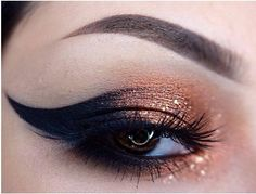 Dipbrow in chocolate and duo in dark brown , copper from on the lid. Comex copper foil finishing eyeshadow on top from Stila Cosmetics . Black Ben nye eyeshadow as the wing and I lined it with inglot eyeliner and House of Lashes Eye Makeup, Kiss Makeup, Makeup Tips, Beauty Makeup, Hair Makeup, Makeup Ideas, Prom Makeup, Glitter Eyeliner, Fantasy Makeup