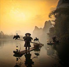 Old fisherman in Xinping Fishing Village, Guilin, China (by Woosra Kim)