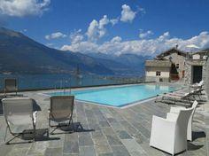 Vakantiehuis met zwembad en uitzicht op het Comomeer