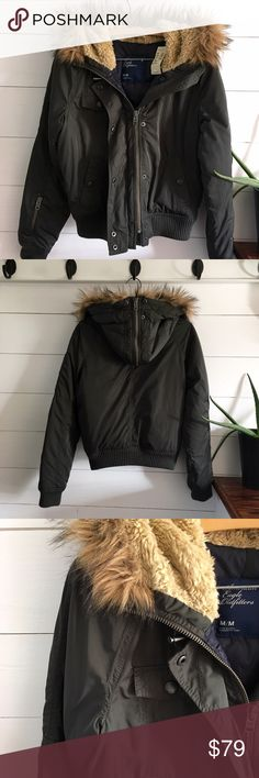 NWT American Eagle Fur Trimmed Parka Brand new olive green parka. Insulated and super warm. Faux fur trimmed hood. American Eagle Outfitters Jackets & Coats