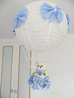 Realizamos lamparas para decorar la habitación de tu bebe, como te guste, disponible en todos los colores y estampados. Llamanos a Estefanía 609224784 y puedes ver mucho modelos en http://lamparaglobo.wordpress.com/