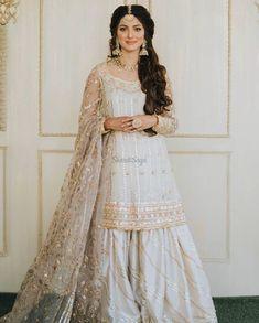 Asian Bridal Dresses, Party Wear Indian Dresses, Desi Wedding Dresses, Pakistani Wedding Outfits, Designer Party Wear Dresses, Indian Bridal Fashion, Pakistani Bridal Dresses, Dress Indian Style, Pakistani Dress Design
