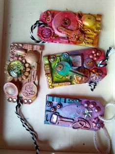 Keychain, Upcycle, Tags Upcycle, Steampunk, Tags, Fashion, Moda, Upcycling, Fashion Styles, Repurpose, Fashion Illustrations