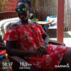 Summer 2018!!Happy to have had this morning run before a shoppingsesh this afternoon with my girls  Now trying to add more miles to my 100km schedulehas been hard this week but somehow my body is getting it in trying to remind my brain how sweet it always as been to cross that 100km finishline with a pb ... 5 weeks to go. Happy saturday  #100km #ultrarunner #running #runnersofig ##takkofashion #runnersofinstagram #instagood #photooftheday #picoftheday #photo #pic #photo #insta #red #garmin…