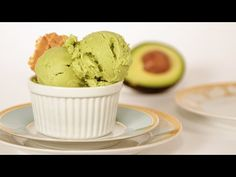 It's blend, freeze, and enjoy with this creamy vegan avocado ice cream. You'll run avocado, coconut cream, and brown rice syrup (a low-fructose sweetener) Avocado Ice Cream, Keto Ice Cream, Healthy Ice Cream, Ice Cream Recipes, Ice Cream Machine Recipes, Whipped Cream, Avocado Toast, Frozen Desserts, Frozen Treats