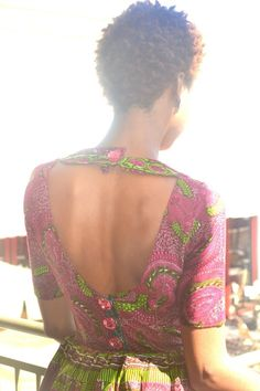 Love the back!!!! and its ankara too! :D  im in love!