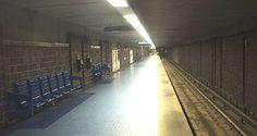 Station Jean-Talon (lignes 2 orange et 5 bleue) - Pour plus d'informations : http://www.metrodemontreal.com/orange/jeantalon/indexb-f.html