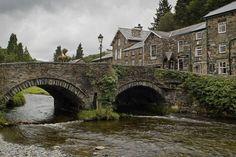 Stone arch bridge in the village of Beddgelert, Snowdonia, Wales Arch Bridge, Snowdonia, Different Perspectives, Wallpaper Pictures, Parcs, Homeland, Mansions, Landscape, Architecture