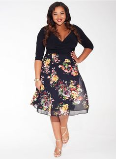 Curvalicious Clothes offer dresses for plus-size women in sizes Plus size clothing for full figured women. We carry young and trendy, figure flattering clothes for plus size fashion forward women. Curvalicious Clothes has the latest styles in plus sizes Plus Size Cocktail Dresses, Plus Size Dresses, Plus Size Outfits, Looks Plus Size, Look Plus, Curvy Fashion, Plus Size Fashion, Girl Fashion, Style Fashion