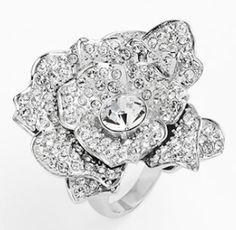 rose garden cocktail ring  http://rstyle.me/n/jnefrpdpe