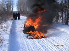 DON'T BUY SKIDOO SNOWMOBILES and here is why !! I have had 3 friends have this happen to brand new ski doos !
