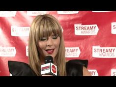 Grace Helbig Backstage Interview - Streamy Awards 2013