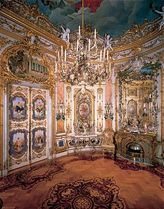 Porcelain Room Herrenchiemsee Palace. King Ludwig II's Castle.#travelcompanion