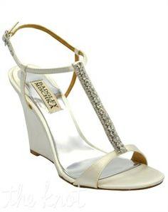3e613a1a5d40 17 Best beach wedding shoes images
