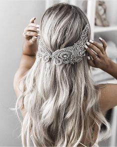 Image about girl in hair inspo by Romy on We Heart It Hair Inspo, Hair Inspiration, Pretty Hairstyles, Wedding Hairstyles, Medium Hairstyles, Bride Hair Accessories, Shiny Hair, Hair Today, Hair Pieces