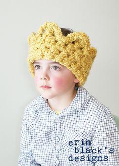 Ravelry: Chunky Crochet Crown Earwarmer (Hat030) pattern by Erin Black