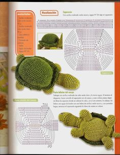 como hacer un amigurumi mickey mouse Crochet Turtle Pattern, Doll Amigurumi Free Pattern, Crochet Doll Pattern, Weaving Patterns, Crochet Patterns Amigurumi, Crochet Dolls, Knitting Patterns, Crochet Hooded Scarf, Crochet Projects