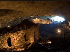 Grotta di San Michele Arcangelo - Olevano sul tusciano (Salerno) 