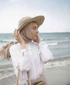 a540abc82 Stylish Hijab, Summer Vacation Outfits, Panama Hat, Cowboy Hats, Cap, How