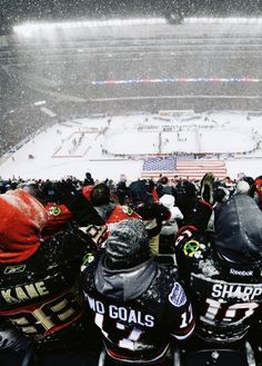2014 NHL Stadium Series - Pittsburgh Penguins vs Chicago Blackhawks at Soldier Field in Chicago, Illinois:Attendance: 62,921