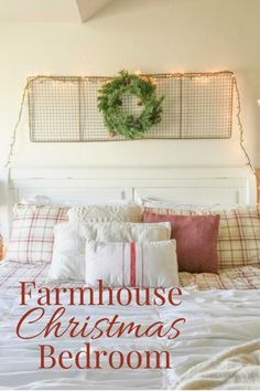 I love to decorate for Christmas. What about decorating your bedroom? I've got a farmhouse Christmas bedroom that is absolutely fabulous! Farmhouse Tv Stand, Farmhouse Style Table, Farmhouse Style Decorating, Farmhouse Decor, Vintage Farmhouse, Diy Home Decor Bedroom, Small Room Bedroom, Bedroom Ideas, Christmas Bedroom
