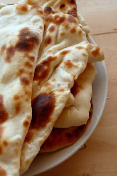 How to make Garlic Naan Bread ~ Singapore Food | Recipes